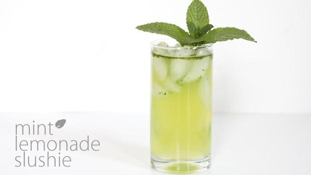 mint-lemonade-slushie