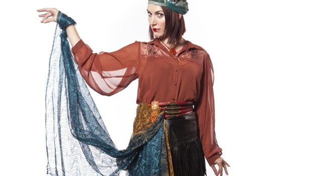gifted-sarah-dancing-arm-rubyskyepi
