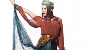 hands-up-gifted-sarah-rubyskyepi